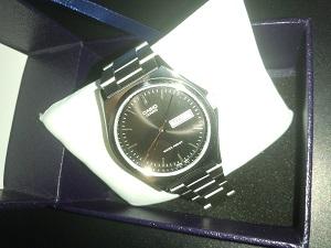 株主優待で入手した腕時計